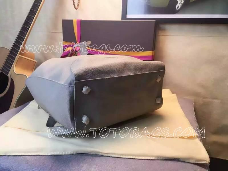 ルイヴィトン・タイガバックパック・エクスプローラーリュックサック大人気バッグの新作ノエ・マランボストンバッグ M40527象牙色