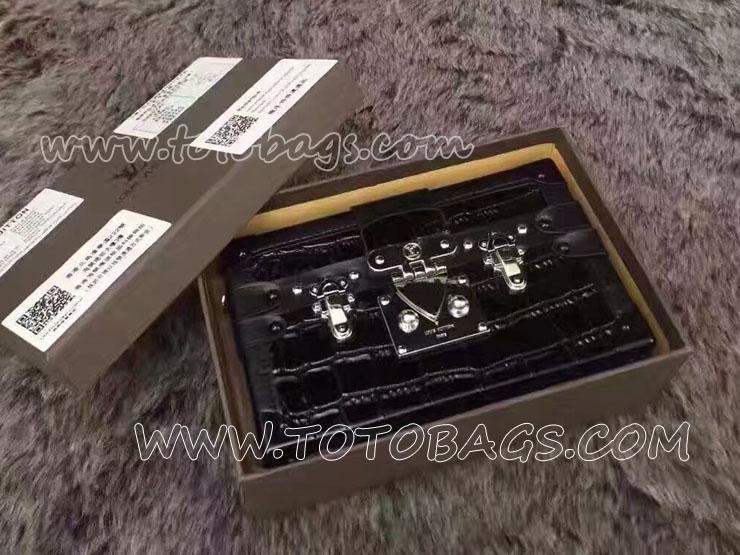 美品の偽ルイヴィトンバッグルイヴィトン プティット・マル旅行バッグ 牛革(鰐皮模様)ショルダーバッグ N91993