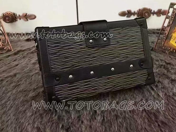 M5001N 売れ筋のヴィトン新作バッグ プティットマルルイヴィトンミニショルダーバッグ