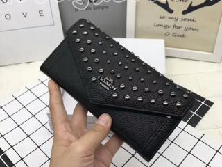 コーチ/COACH財布 二つ折り財布長財布 リベットの財布