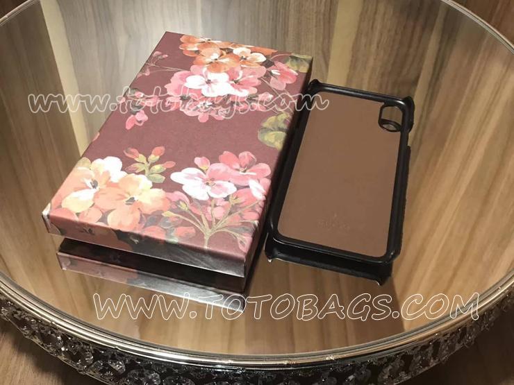 GUCCI☆新作バタフライ 携帯ケース iPhone 7 ・iPhone 8 対応