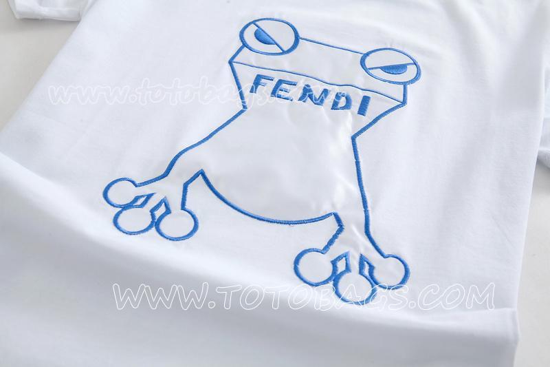fendi Tシャツ 多色選択可能 2017AWメンズコレクションのフェンディボキャブラリー