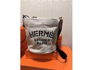 2018SS エルメス  バッグ・カバン Alineアリーヌ  巾着 レディースファッションショルダーバッグ・ポシェット