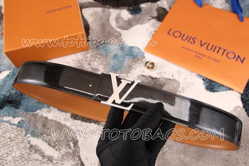 偽物ブランドベルトコピー激安 両面使用可  ルイヴィトンベルトシルバー金具  幅38MM 男女兼用 牛革(エナメル)