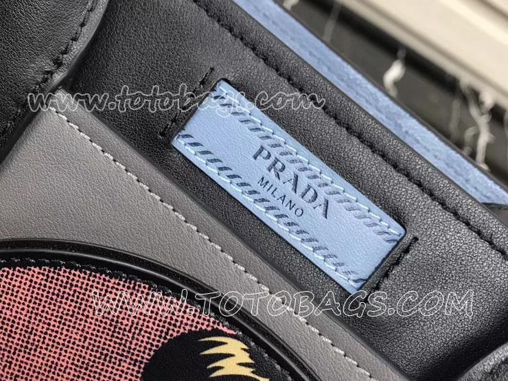 1BA178_2BYG_F0D3J_V_OE1 プラダ デュアル バッグ コピー PRADA Dual トートバッグ レディース ショルダーバッグ 2色選択可 ライトグレー&ブラック