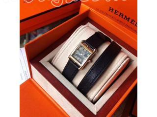 HERMES 腕時計 電池式 アナログ腕時計 (エルメス)《ナンタケット》TPM 腕時計ウォッチ腕時計