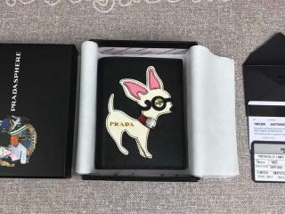 1MV204 プラダ 財布 コピー PRADA プラダマリア「サフィアーノ」 二つ折り財布 ブラック/ピンク