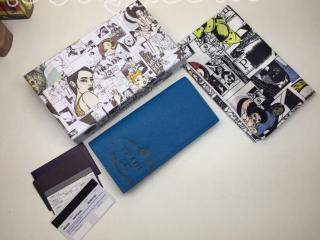 2MV836_2MB8_F0XWJ プラダ 長財布 スーパーコピー PRADA Saffiano 「サフィアーノ」レザー 財布 メンズ 二つ折り財布 ネイビー/ブルー