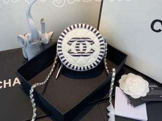 A81599 Y84125 White シャネル バッグ コピー CHANEL 19SS グレインド カーフスキン チェーン クラッチ レディース ショルダーバッグ 3色可選択 ホワイト
