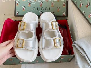 グッチ スリッパ  ビーチシューズ GUCCIレディース靴 サイズ225-245を選択可 銀色